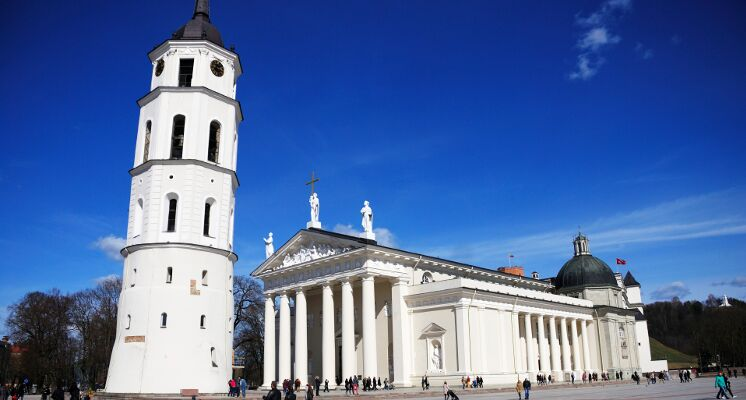 Vilnius Cathedral belfy square tours