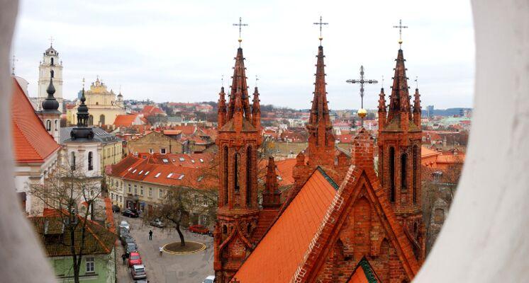 Bernardinu baznycia vaizdas nuo stogo