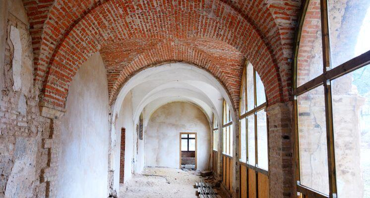Sapiegu rumai kolonos koridoriai