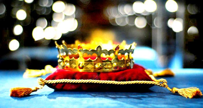 Karaliskos karunos Valdovu rumuose